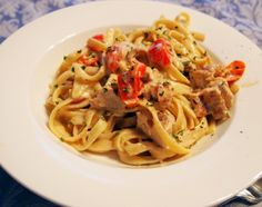 Cajun Chicken Alfredo...I want this NOW!!! :)