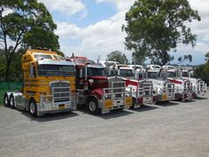 Fix My Truck is a 24/7 nationwide breakdown service for the Transport Industry. Our service covers all vehicles 3-tonnes and above for tyres, mechanical repairs, auto electrical, towing and more.  http://fixmytruck.com.au/#about-us