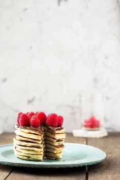 PANCAKES WITH STRAWBERRIES! YUMMY <3