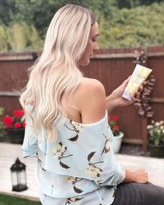 Hair color tools and advice for natural ammonia-free hair coloring, color matching, grey coverage, and all over color from Clairol, the hair color experts. Hair A, Your Hair, Hair Color Experts, Coloured Hair, Free Hair, Effort, Floral Tops, Moisturizer