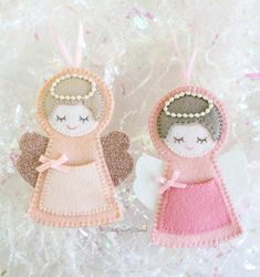 Christmas Lolly Ornaments - A Free Pattern from My Felt Lady - Molly and Mama Christmas Angel Ornaments, Gingerbread Ornaments, Felt Ornaments Patterns, Donut Decorations, Christmas Cushions, Ornament Tutorial, Christmas Accessories, Christmas Crackers, Personalized Gift Tags