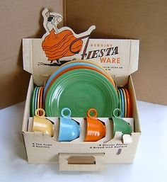 Vintage Fiesta®. The first 16 piece set included 4 cups, 4 saucers, 4 dinner plates, 4 bread plates. Bowls were sold separately.