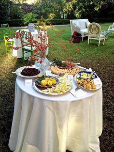 cocktails at Fenwick Hall Plantation in Charleston...