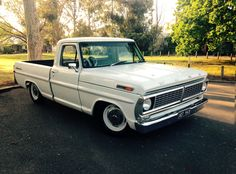 1970 F100 SportCustom - lowered slammed