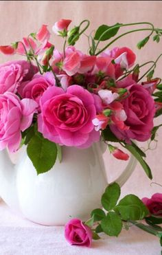 pink roses with sweet peas