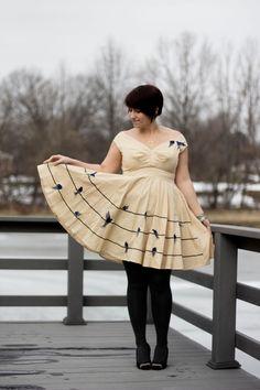 Inspired Outfit: Bird Print Dress - Already Pretty Pretty Outfits, Beautiful Outfits, Cute Outfits, Retro Fashion, Girl Fashion, Big And Beautiful, Dress To Impress, Plus Size Outfits, Plus Size Fashion