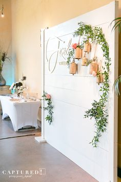 Shiplap Backdrop at the Fazeli Coordinator Dinner! Shiplap Backdrop at the Fazeli Coordinator Dinner Wedding Show Booth, Bridal Show Booths, Photo Booth Wedding, Photography Booth, Outdoor Photography, Children Photography, Kind Photo, Easter Backdrops, Photo Booth Backdrop