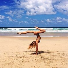 My latest favourite instagramer @sjanaelise she's incredible! #yoga #health