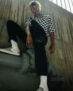 Creative And Inexpensive Cool Ideas: Urban Fashion Grunge Sweaters urban wear women sweaters.Urban Fashion Catwalk Runway urban wear for men boots. Moda Streetwear, Streetwear Fashion, Urban Dresses, Urban Outfits, La Mode Masculine, Men Street, Urban Fashion, Street Fashion, Fashion Edgy