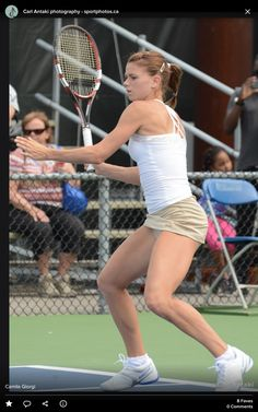Camila Giorgi, Female Surfers, Athletic Events, Tennis Players Female, One Step, Extreme Workouts, Sport Tennis, Tennis Stars, Beach Volleyball