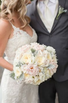 Wedding Bouquet of the Week ~ we ❤ this! moncheribridals.com