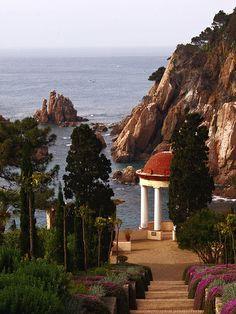 Mirador per mirar al mar  Mar i Murtra  Blanes  Catalonia