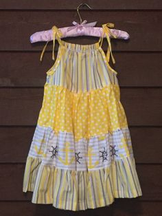 Yellow and Grey Anchor Girls Pillowcase Dress Little Girl Dress Patterns, Kids Dress Patterns, Frocks For Girls, Little Girl Dresses, Girls Dresses, Toddler Outfits, Kids Outfits, Sewing Kids Clothes, Baby Dress