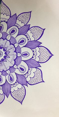 I just love fine work. Easy Mandala Drawing, Mandala Art Lesson, Mandala Artwork, Sketch Pen Drawing, Doodle Art Drawing, Pencil Art Drawings, Madhubani Paintings Peacock, Doodle Art Journals, Pretty Drawings