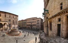 Fontana di Piazza Grande - old town square of Perugia Perugia Italy, Umbria Italy, Must See Italy, Best Places In Italy, Medieval, Old Town Square, Regions Of Italy, Pharrell Williams, Rest Of The World