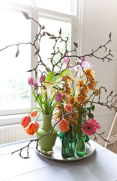 50 + beautiful flower vase arrangement for your home decoration - Page 9 of 51 - SooPush Home Flowers, Little Flowers, Flowers Nature, Cut Flowers, Spring Flowers, Beautiful Flowers, Arrangements Ikebana, Floral Arrangements, Flower Vases
