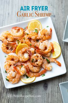 Easy shrimp in air fryer with garlic and lemon. This air fried shrimp comes out perfect, crisp and super quick in under 15 minutes. Best shrimp in air fryer healthy Air Fryer Garlic Lemon Shrimp Recipe 15 minutes Air Frier Recipes, Air Fryer Oven Recipes, Air Fryer Dinner Recipes, Air Fryer Recipes Shrimp, Baked Fish Fillet, Garlic Shrimp, Fried Shrimp, Fried Garlic, Shrimp Pasta