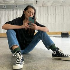 Phoebe Tonkin H2o, Casting Pics, Girl Boss, Role Models, Actors & Actresses, Mom Jeans, Celebrities, Womens Fashion, Casual