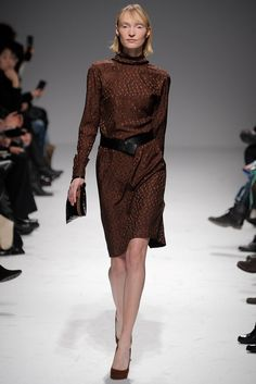 Martin Grant Fall 2011 Ready-to-Wear Collection Photos - Vogue