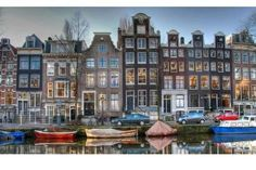 Ah, Amsterdam! I lived almost a year on a boat on the Amstel Canal in Amsterdam, Netherlands (Holland). Lots of good memories. Tour En Amsterdam, Visit Amsterdam, Amsterdam Travel, Amsterdam Netherlands, Amsterdam Canals, Amsterdam Houses, Amsterdam Living, Amsterdam Today, Netherlands Tourism