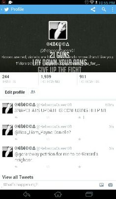 Follow me and ill love u forever @RebeccaQueen01 < my username btw