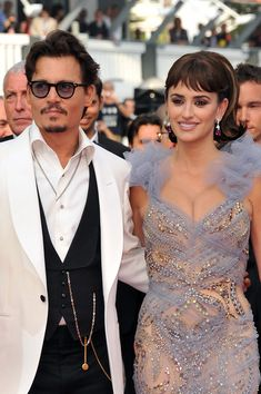 "Johnny Depp Photo - ""Pirates of the Caribbean: On Stranger Tides"" Premiere - 64th Annual Cannes Film Festival"