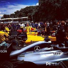 Visit enlapista.com #enlapista  #Repost @mercedesamgf1  All lined up.... #Goodwood #MercedesAMGF1 #Benz #Petronas #F1 #FestivalOfSpeed #PascalWehrlein