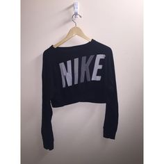 Cropped Nike Sweater Never worn, perfect condition! I got this a while back as a gift, and have never found use for it. Would look cute with high waisted shorts or leggings! Nike Sweaters Crew & Scoop Necks
