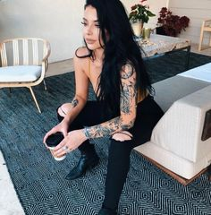 Sleeve Tattoos for Women Best Tattoo Sleeve Ideas For Women Fantastic Half and Full Sleeve Tattoos for Women images Ideas Designs for Girls 2019 2020 Tattoo Girls, Girl Tattoos, Tatoos, Sexy Tattoos, Body Art Tattoos, Feminine Tattoos, Hippe Tattoos, Estilo Punk Rock, Piercing Tattoo