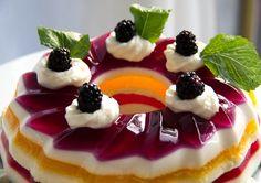Sobremesa de gelatina é opção saudável e refrescante para o verão