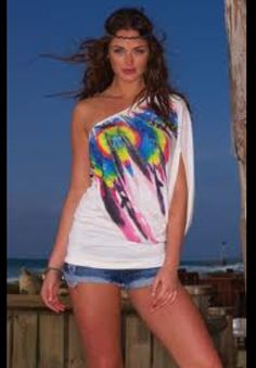 Love this one shoulder shirt! Too cute :)