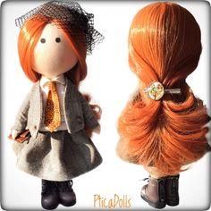 Bright business lady by PticaDolls ❤️ Cloth soft portrait handmade Tilda dolls https://www.etsy.com/listing/511967294/english-fabric-doll-with-clutch-in