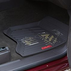 Sierra 2500 Floor Mats Front Premium All Weather, Black: These Front Premium All-Weather Floor Mats are designed to conform to the front floor of your Sierra LD. Their custom, deep-ribbed pattern collects rain, mud, snow and other debris for easy cleaning.