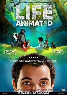 """In 'Life, Animated' ontmoeten we Owen Suskind. Een energiek, praatgraag jochie, dat op z'n derde plots ophoudt met spreken. Autisme doet hem afglijden in een zwijgzame eigen wereld. Bijna vier jaar gaan voorbij waarin Owen niet te bereiken is, behalve voor Disney-films. Op een dag besluit z'n vader met een handpop van Iago, de brutale papegaai uit Alladin, aan z'n zoontje te vragen """"Hoe is het nou om jou te zijn?"""" En uit het niks krijgt hij direct een antwoord van z'n zoon, recht uit ... Oscar Winners, Disney Films, Documentaries, Netflix, Cinema, Animation, Movie Posters, Movies, Life"""