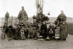 Familia mapuche, provincia de Cautín, c1920.