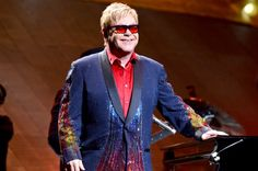 Sir Elton Celebrates 25 Years of Sobriety with Cake!