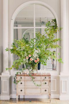 Photography: Mademoiselle Fiona - mademoisellefiona.com Floral Design: home made bklyn - homemadebklyn.com  Read More: http://stylemepretty.com/2012/11/30/long-island-city-wedding-from-mademoiselle-fiona/