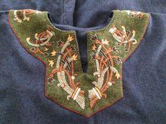 Medieval Embroidery, Beaded Embroidery, Embroidery Stitches, Embroidery Patterns, Hand Embroidery, Costume Viking, Viking Garb, Viking Dress, Viking Clothing