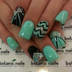 40 Latest Cool Nail Art Designs of 2015 for more designs visit http://nailartpatterns.com/cool-nail-art/