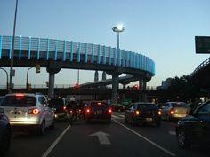 Avenida 9 de Julio y San Juan, Buenos Aires, Argentina.