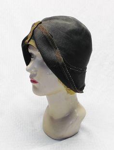 20s 30s Vintage Black Straw Asymmetrical Art Deco Cloche Hat