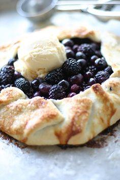 the easiest blackberry pie