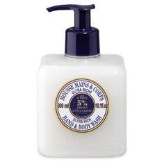 Fórmula rica em Manteiga de Karité - hidrata e nutre a pele, Leite de Aveia - purifica e hidrata suavemente e Base Espumante Vegetal -