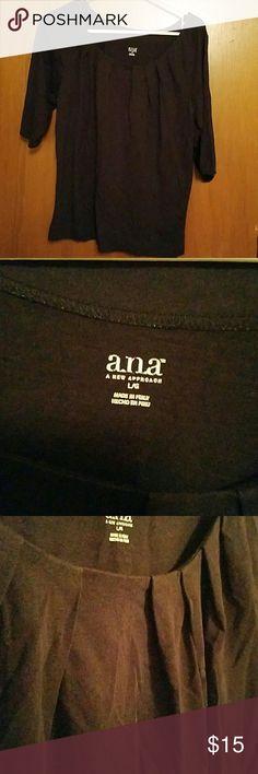 Black 3/4 sleeve tee Black 3/4 sleeve tee with slight rouching on the neck line a.n.a Tops Tees - Long Sleeve