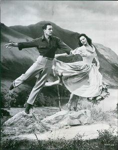 Gene Kelly Dancing   Vintage 1954 Gene Kelly Cyd Charisse BRIGADOON Dance Musical Film ...