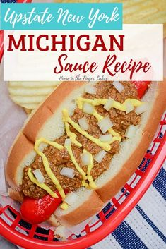 Recreate the Northern New York roadside stand staple in your own kitchen! This sauce is a key ingredient for an Upstate New York Michigan, which is a red hot (usually a Glazier hot dog) on a New England Style Roll, with meat sauce, mustard, and onions. Meat Sauce Recipes, Hot Dog Recipes, Beef Recipes, Cooking Recipes, Hot Dog Onion Sauce Recipe, Meat Appetizers, Appetizers For Party, Appetizer Recipes, Upstate New York