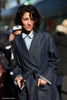 denim trench. awesome. Yasmin in Paris. #YasminSewell