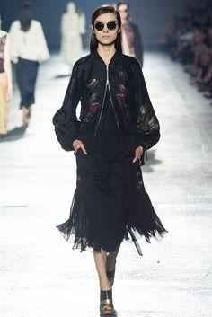 Dries Van Noten Spring 2014 Ready-to-Wear Fashion Show - Fei Fei Sun (Elite)