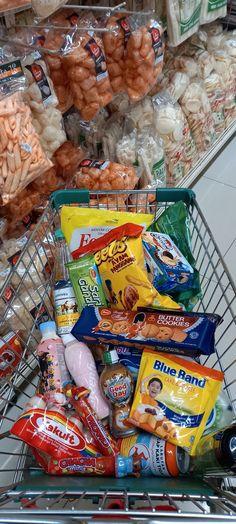 Snap Food, Blue Cakes, Snack Recipes, Snacks, Food And Drink, Food N, Food Snapchat, Food Platters, Love Food