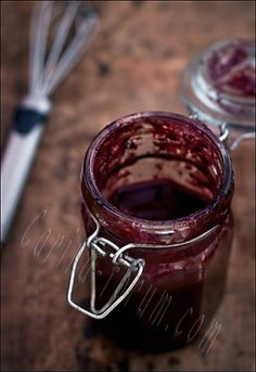 THIS. SOUNDS. AMAZING. Asian Plum Sauce...homemade sweet, slightly spicy sauce for chicken, pork, duck or dipping sauce for spring rolls, egg rolls, wontons, and pot stickers. Holiday gift for the BFFs